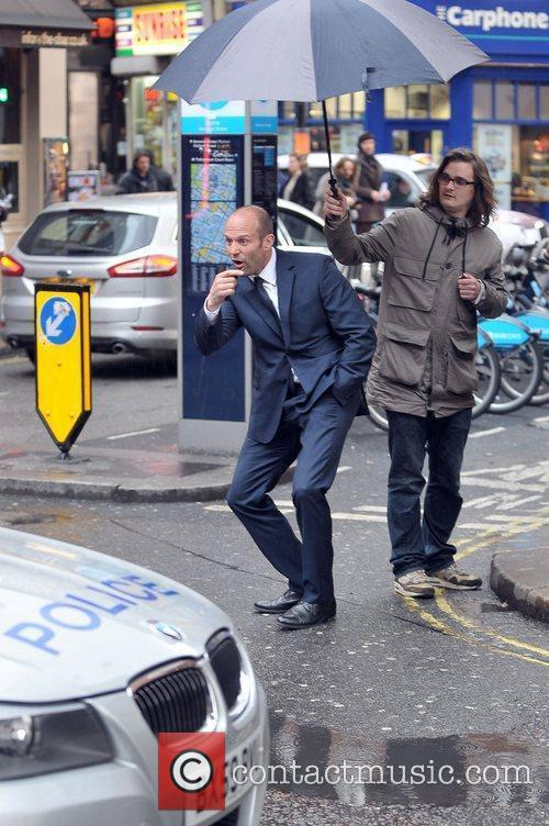 jason statham filming scenes for his new 3837906
