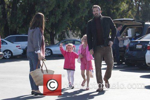 Ben Affleck, Jennifer Garner, Seraphina Affleck, Violet Affleck and Brentwood 6