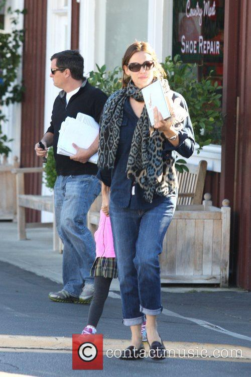 Jennifer Garner, Seraphina Affleck and Brentwood 4