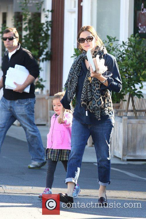 Jennifer Garner, Seraphina Affleck and Brentwood 6