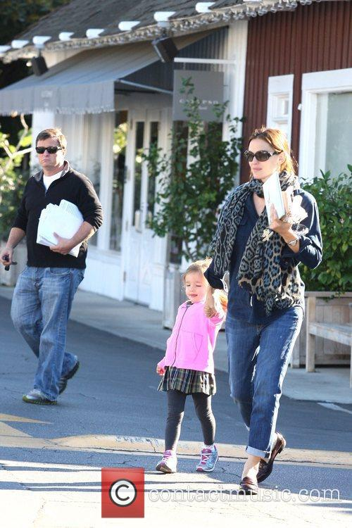 Jennifer Garner, Seraphina Affleck and Brentwood 3