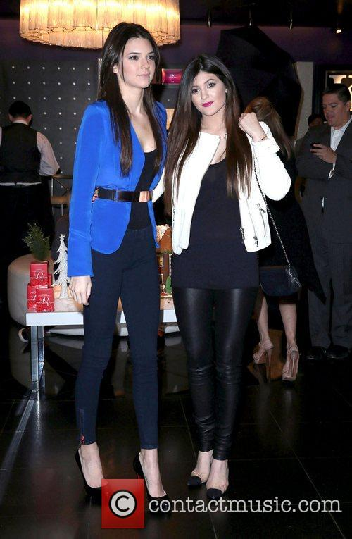 kendall jenner and kylie jenner appear at 5968754
