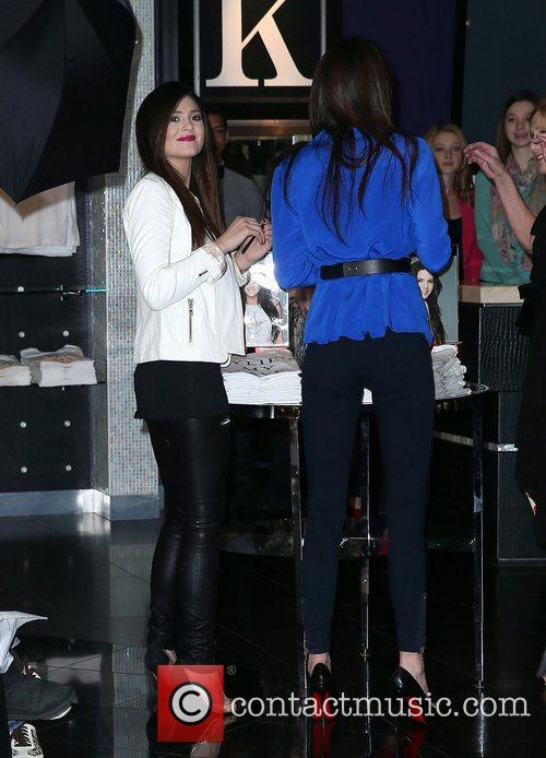 Kendall Jenner and Kylie Jenner 12