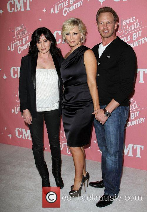 Shannen Doherty, Ian Ziering and Jennie Garth 6