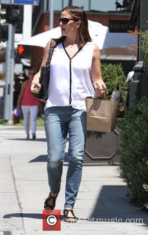 Jennifer Garner leaves Baby2Baby Los Angeles, California