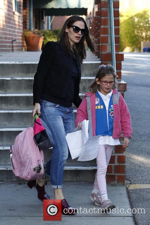 Jennifer Garner; Violet Affleck Jennifer Garner picks up...
