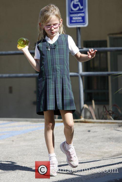 Violet Affleck Jennifer Garner takes her daughter Violet...