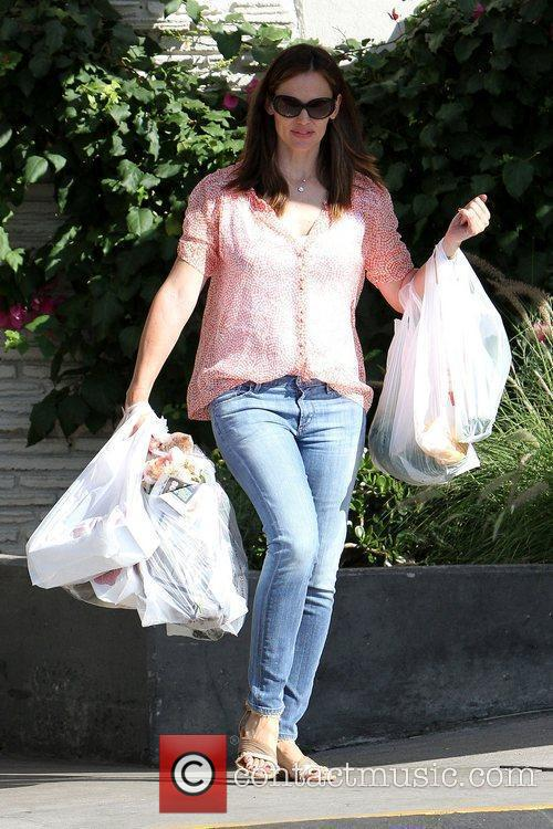 Jennifer Garner  spends a day at a...