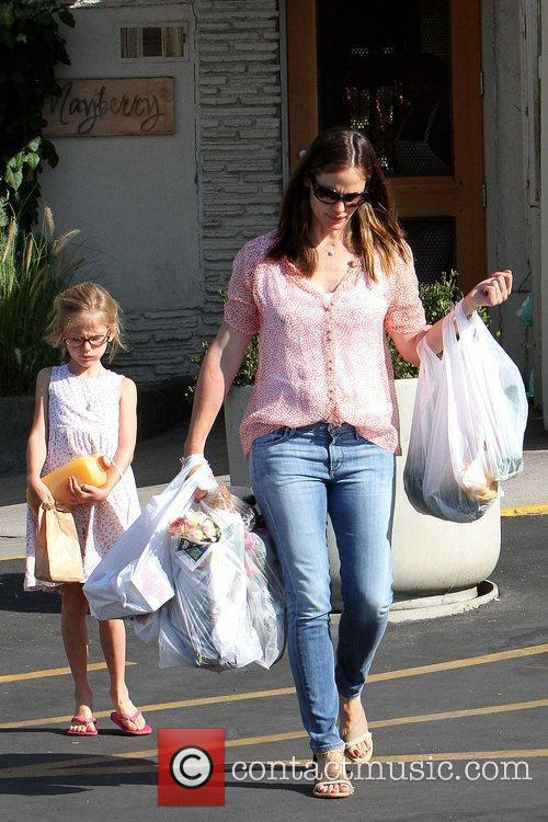 Violet Affleck and Jennifer Garner Jennifer Garner spends...