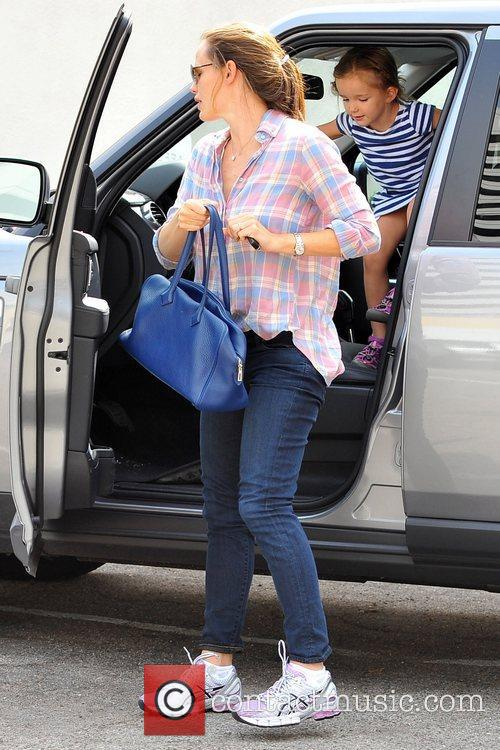 Jennifer Garner  seen dropping daughter Seraphina Affleck...