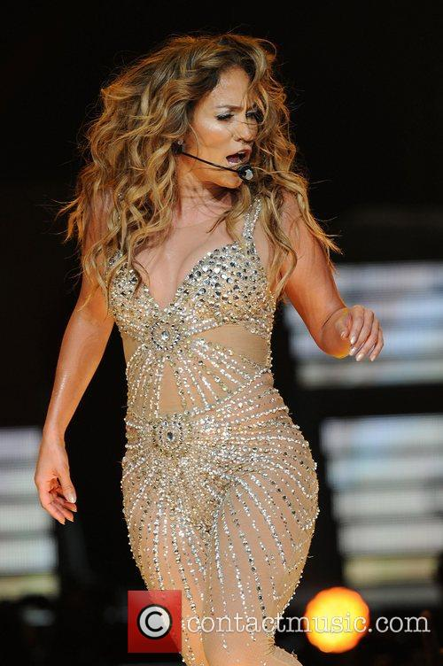 jennifer lopez performing in concert at the 4055836
