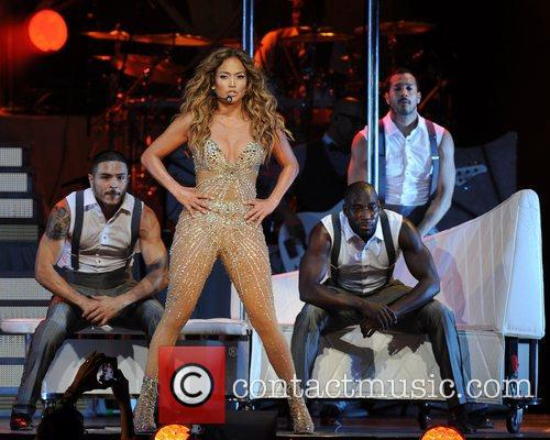 jennifer lopez performing in concert at the 4055877