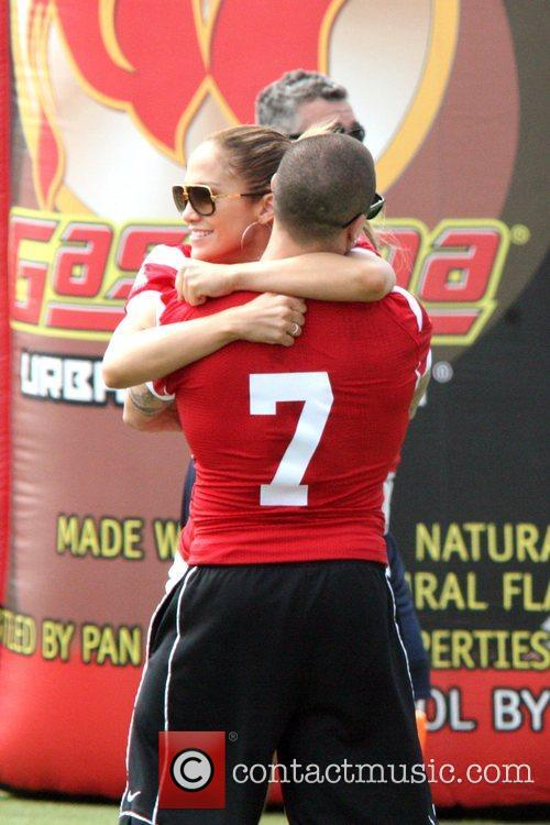 Casper Smart and Jennifer Lopez 3