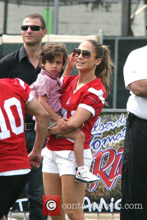 Jennifer Lopez and Max Muniz 9