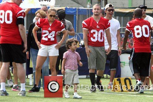 Jennifer Lopez and Max Muniz 6
