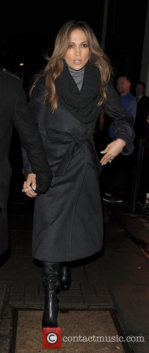 Jennifer Lopez and O2 Arena 1