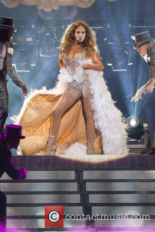 Jennifer Lopez and Pavilhao Atlantico 12