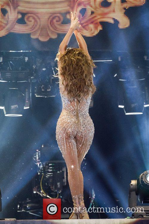 Jennifer Lopez and Pavilhao Atlantico 31