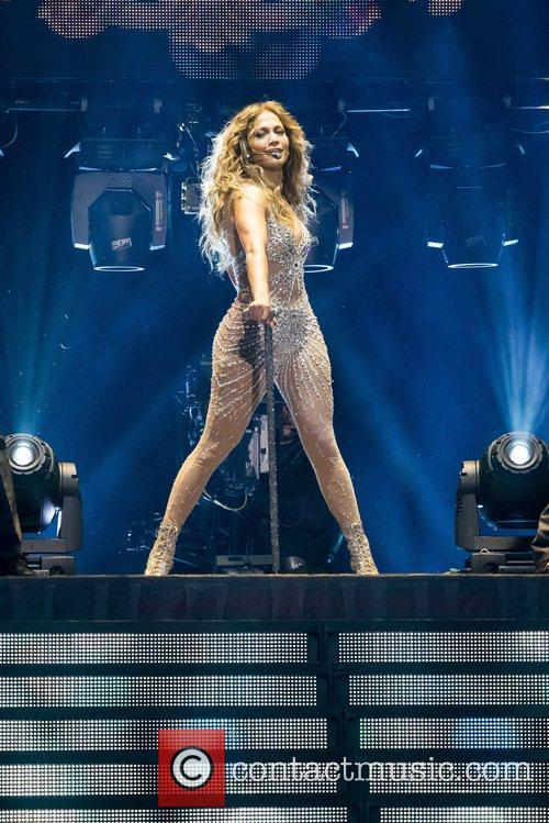 Jennifer Lopez and Pavilhao Atlantico 38