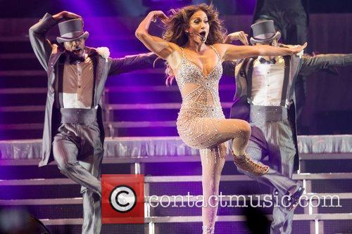 Jennifer Lopez and Pavilhao Atlantico 4