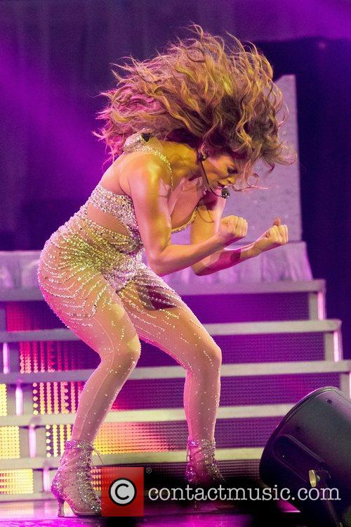 Jennifer Lopez and Pavilhao Atlantico 30