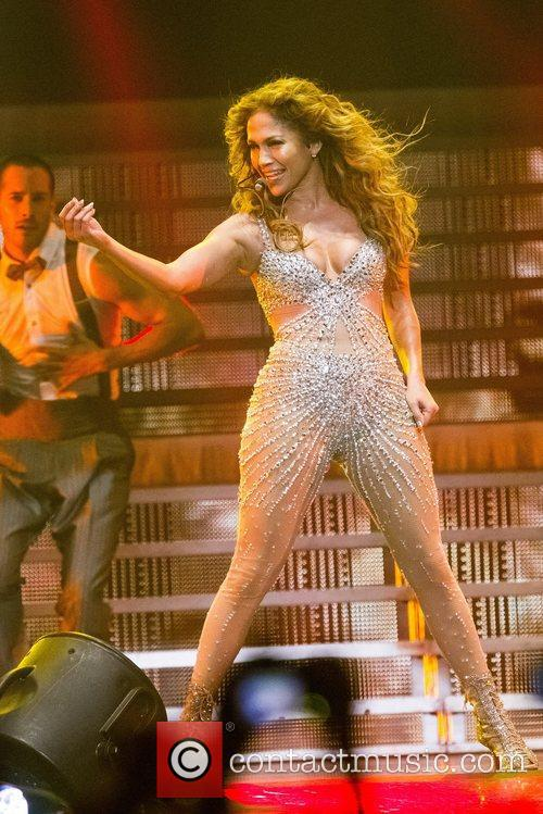 jennifer lopez performing live at pavilhao atlantico 5927739