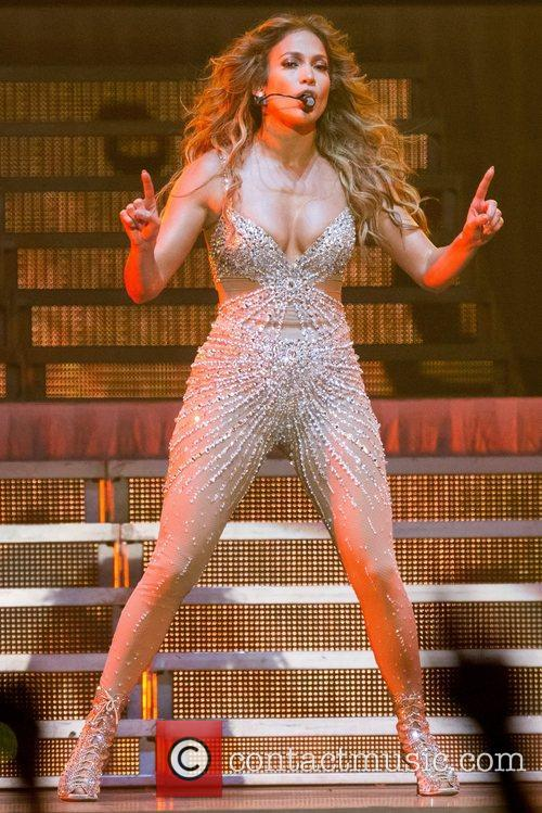 Jennifer Lopez and Pavilhao Atlantico 33