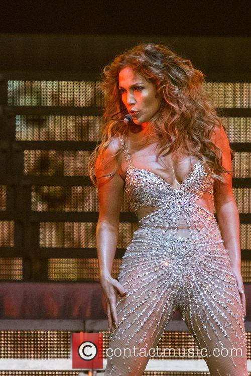 Jennifer Lopez and Pavilhao Atlantico 3