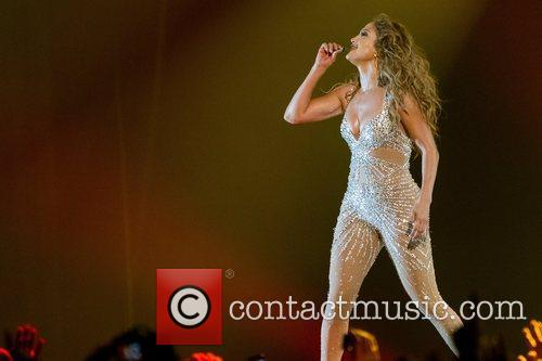 Jennifer Lopez and Pavilhao Atlantico 5