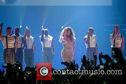 Jennifer Lopez and Pavilhao Atlantico 10