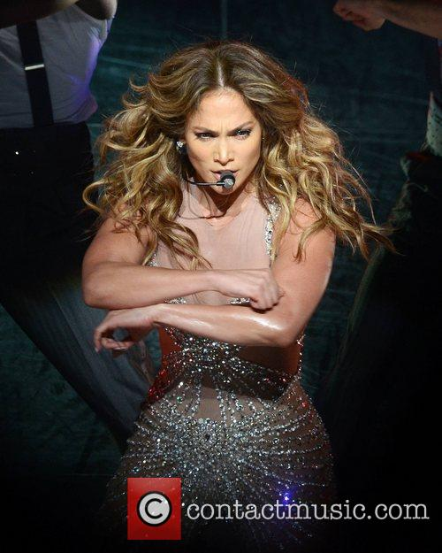 Jennifer Lopez and O2 Arena 6