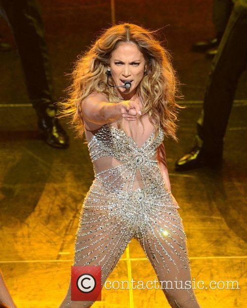 Jennifer Lopez and O2 Arena 7