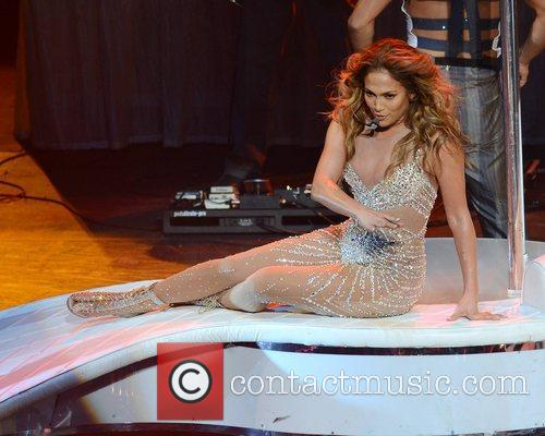 Jennifer Lopez and O2 Arena 5
