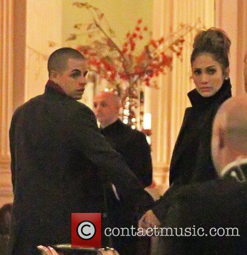 Jennifer Lopez and Casper Smart 3