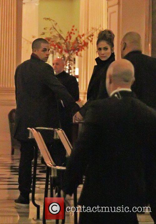 Jennifer Lopez and Casper Smart return to their...