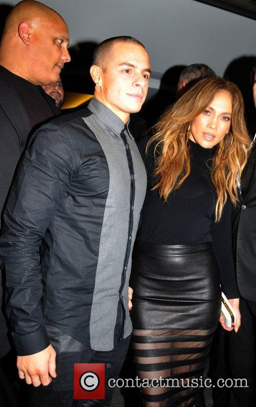 Jennifer Lopez and Casper Smart 5