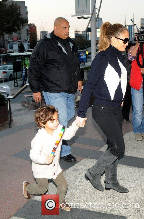 Jennifer Lopez with daughter Emme enjoy a day...