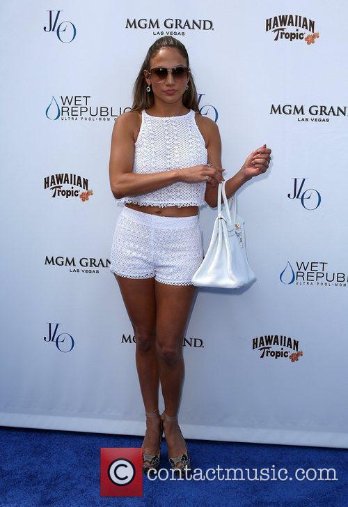 Jennifer Lopez 24