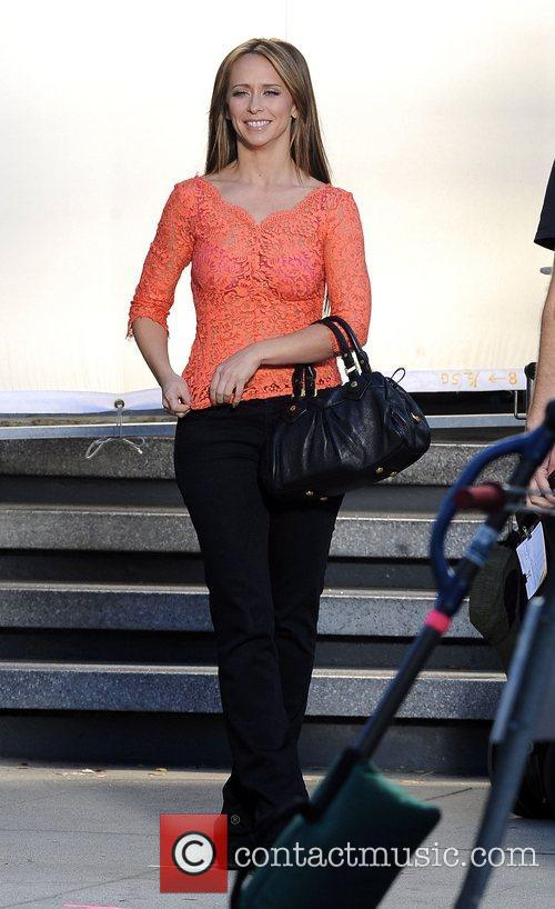 Jennifer Love Hewitt 24