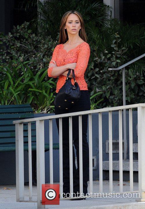 Jennifer Love Hewitt 23