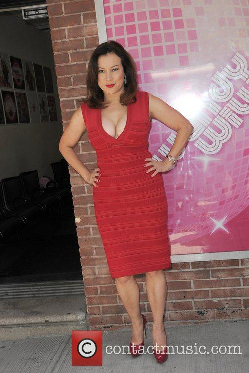 Jennifer Tilly and Wendy Williams 6