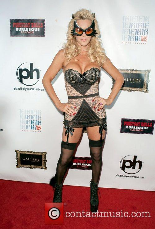 Jenny Mccarthy and Planet Hollywood 11