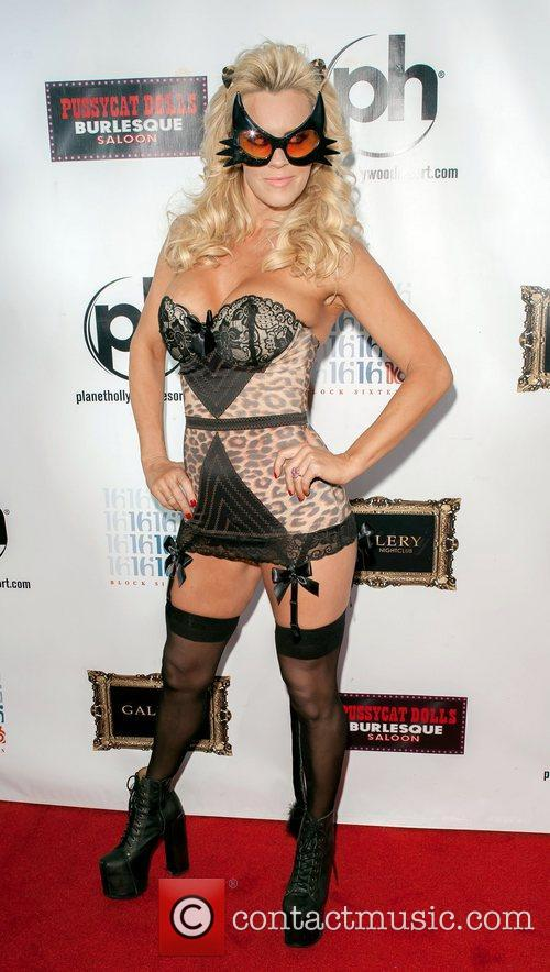 Jenny Mccarthy and Planet Hollywood 2