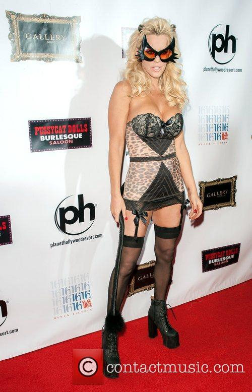 Jenny Mccarthy and Planet Hollywood 7