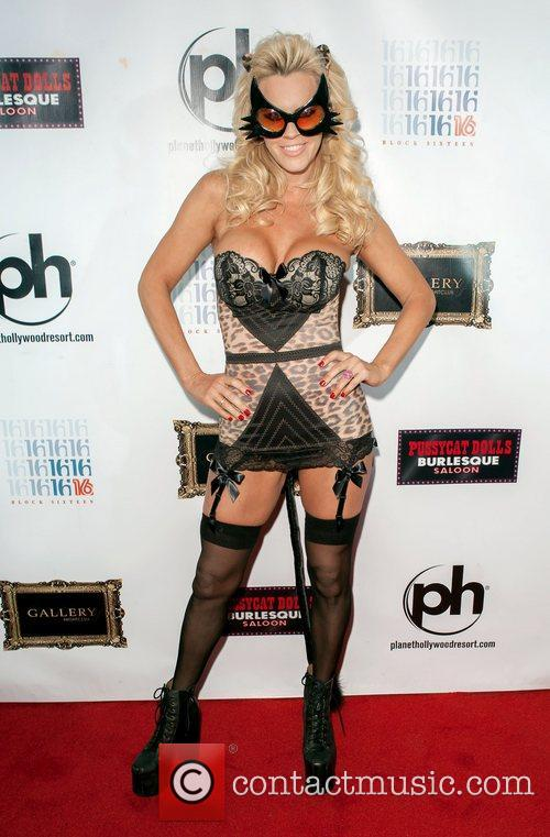 Jenny Mccarthy and Planet Hollywood 5