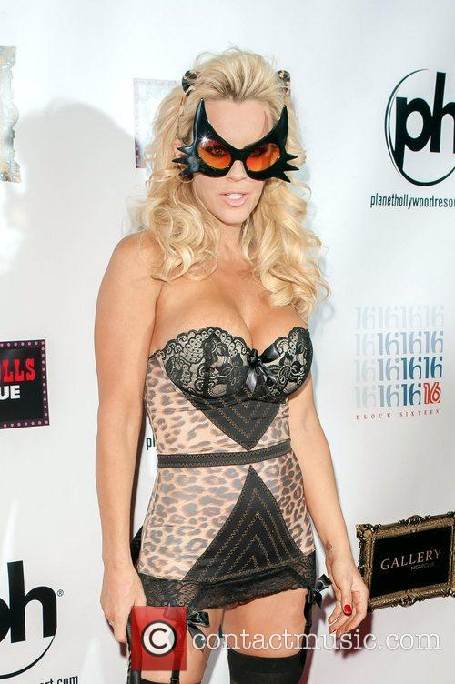 Jenny McCarthy and Planet Hollywood 12