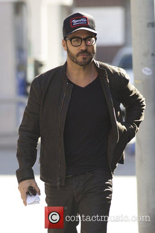 Actor Jeremy Piven and Sherman Oaks 8