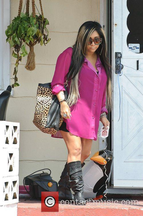 nicole snooki polizzi out and about on 3948395