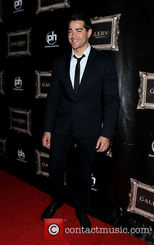 Jesse Metcalfe and Planet Hollywood 1