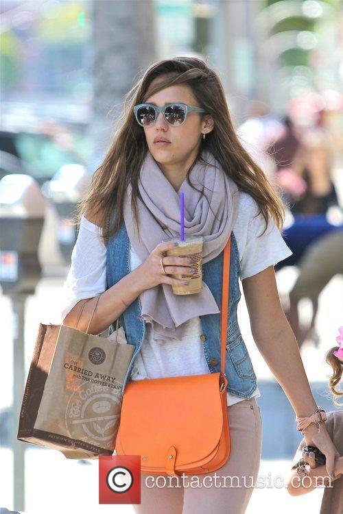 jessica alba is seen on a coffee 5820300